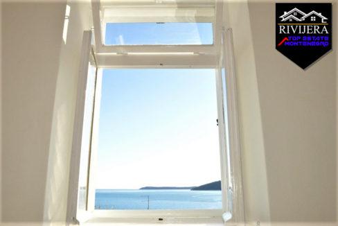 Stan sa pogledom na more Centar, Herceg Novi-Top Nekretnine Crna Gora