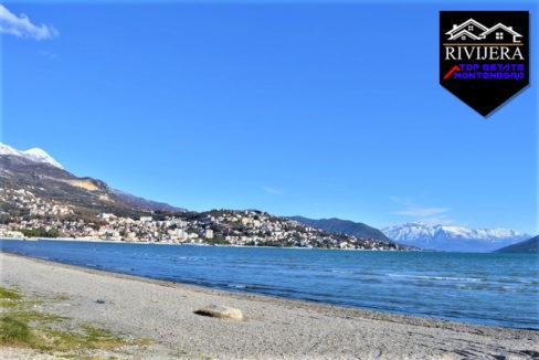 Plot on the first line Igalo, Herceg Novi-Top Estate Montenegro