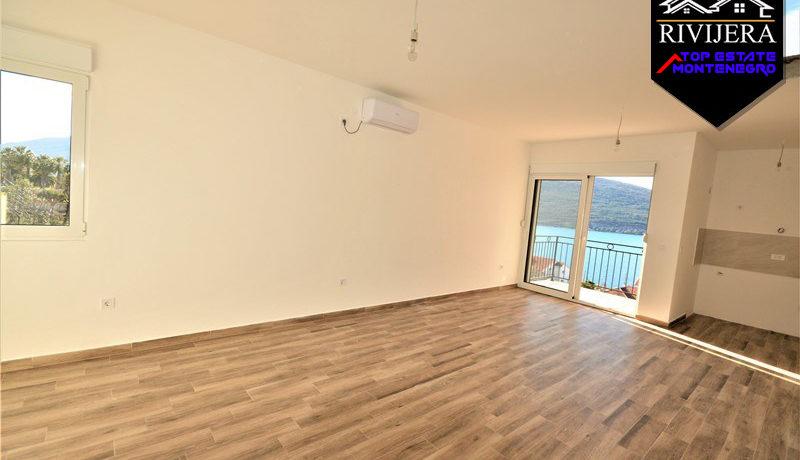 New comfortable apartment with sea view Kumbor, Herceg Novi-Top Estate Montenegro