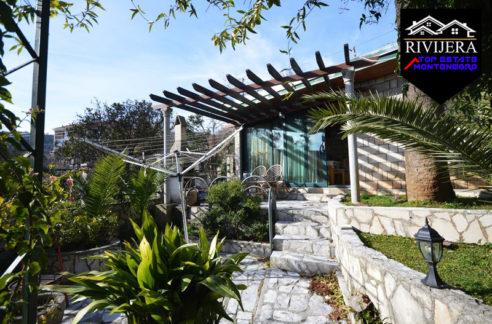 interesting_house_on_the_coast_kamenari_herceg_novi_top_estate_montenegro.jpg