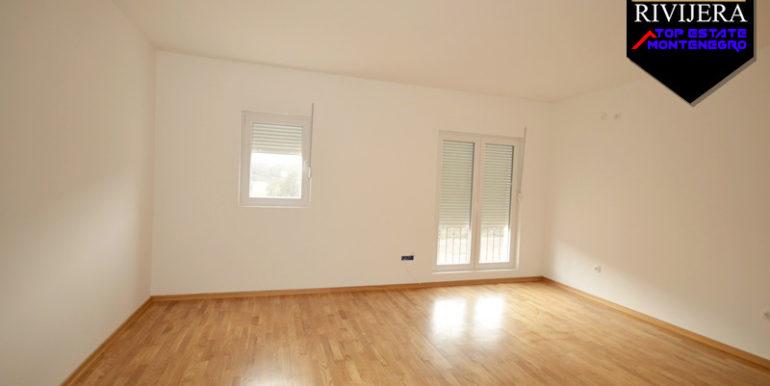 Квартира в новостройке Игало, Герцег Нови-Топ недвижимости Черногории