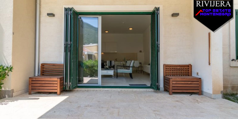 Квартира класса люкс в комплексе Mоринй, Котор-Топ недвижимости Черногории