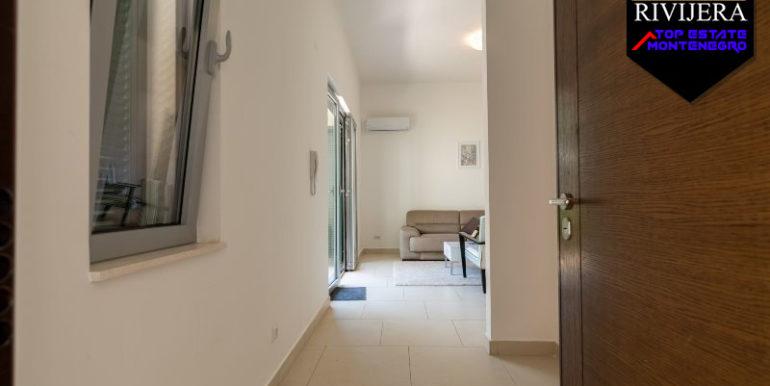Современная квартира для отдыха Mоринй, Котор-Топ недвижимости Черногории