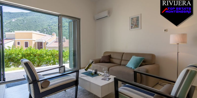 Modern apartment for holiday Morinj, Kotor-Top Estate Montenegro