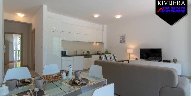 Современная трехкомнатная квартира Mоринй, Котор-Топ недвижимости Черногории