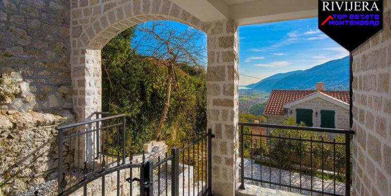 Modernes Steinhaus Lucici, Herceg Novi-Top Immobilien Montenegro