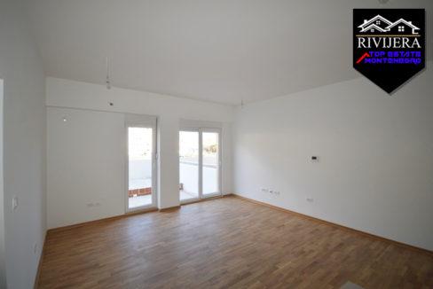 Neue günstige Wohnung Bijela, Herceg Novi-Top Immobilien Montenegro