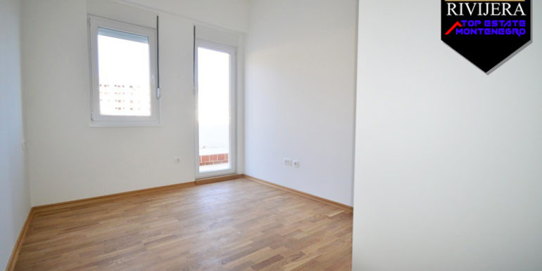 Neue unmöblierte Wohnung Bijela, Herceg Novi-Top Immobilien Montenegro