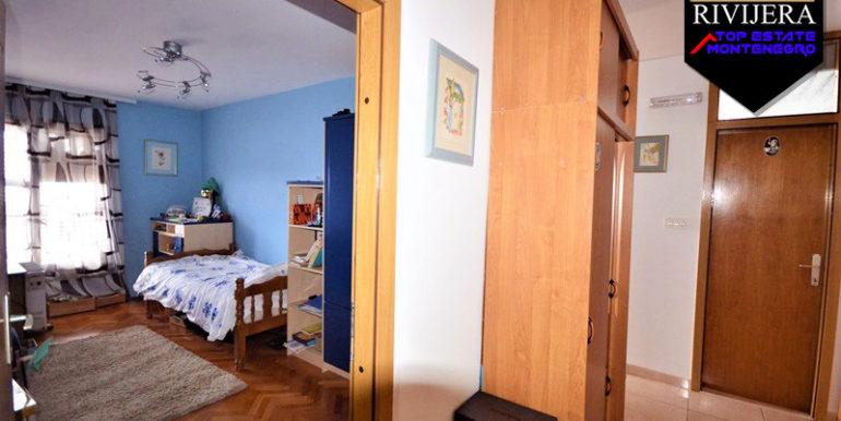 Хорошая трехкомнатная квартира Топла, Котор-Топ недвижимости Черногории
