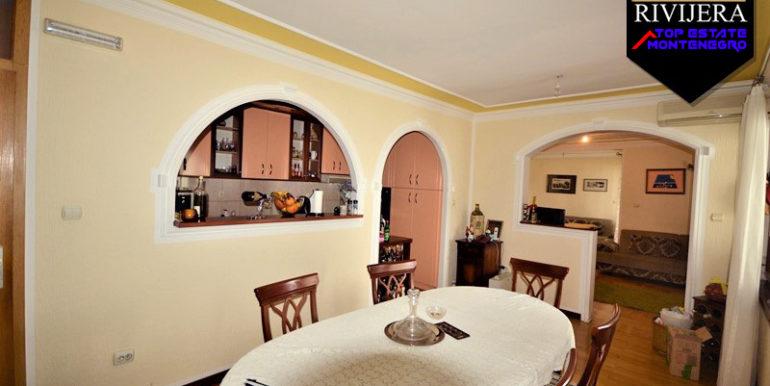 Gute Zwei Zimmer Wohnung Topla, Herceg Novi-Top Immobilien Montenegro