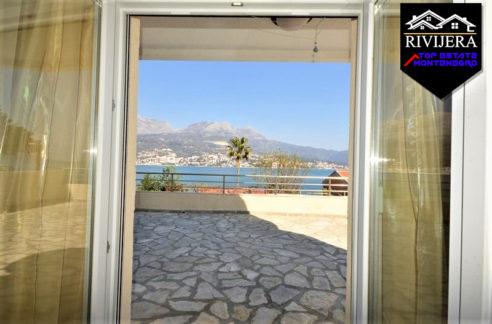 flat_with_panoramic_sea_view_njivice_herceg_novi_top_estate_montenegro.jpg