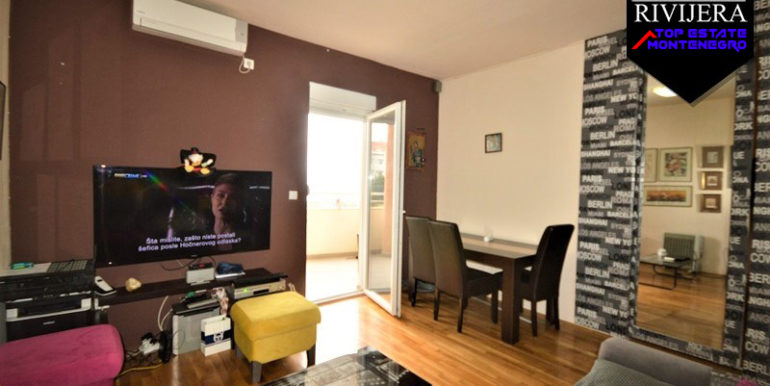 One bedroom apartment overlooking the sea Igalo, Herceg Novi-Top Estate Montenegro