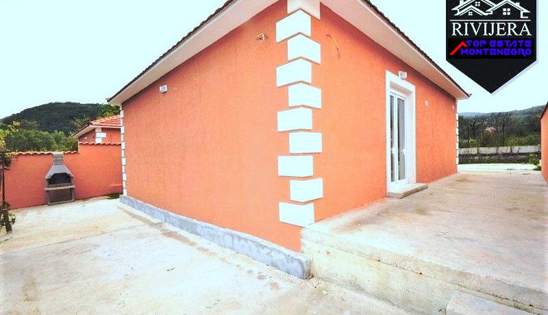 Billiges neues Haus Zelenika, Herceg Novi-Top Immobilien Montenegro