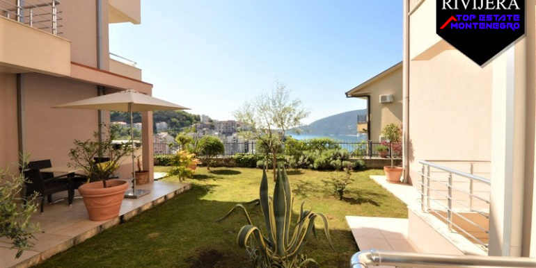Flat with courtyard Topla, Herceg Novi-Top Estate Montenegro