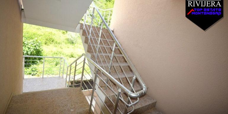 Двухкомнатная квартира Биела, Герцег Нови-Топ недвижимости Черногории