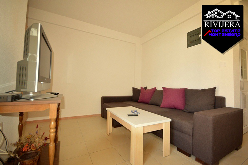 Nice small studio apartment Igalo