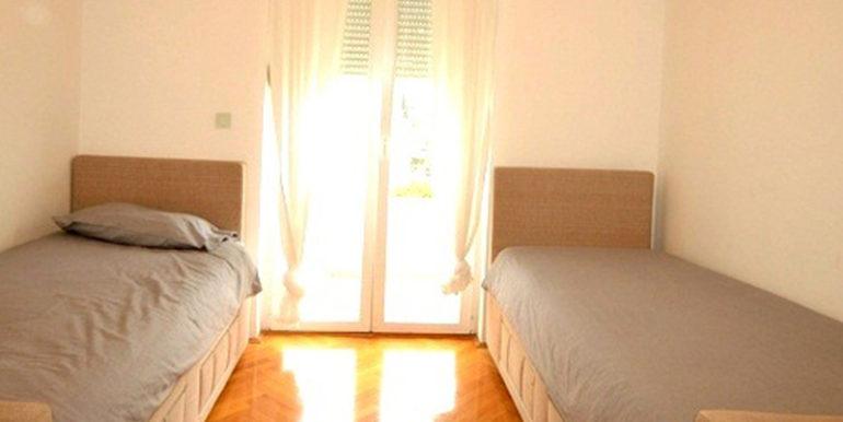 Привлекательная трехкомнатная квартира Топла, Герцег Нови-Топ недвижимости Черногории