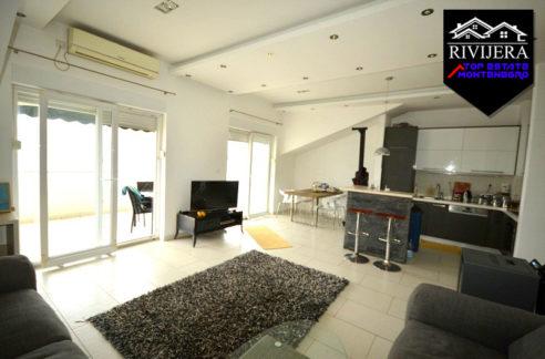 attractive_two_bedroom_flat_topla_herceg_novi_top_estate_montenegro.jpg
