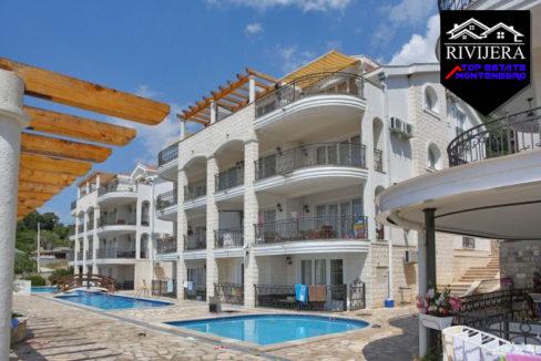 Attraktive Zwei ZimmerWohnung mit Meerblick in Djenovici, Herceg Novi-Top Immobilien Montenegro