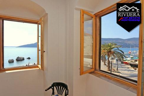 Renovated apartment on the promenade Square, Center, Herceg Novi-Top Estate Montenegro