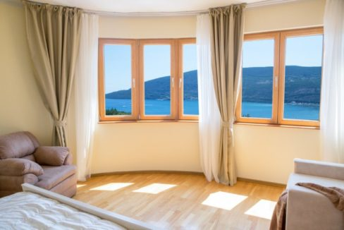 New high quality apartment with sea view Topla, Herceg Novi-Top Estate Montenegro