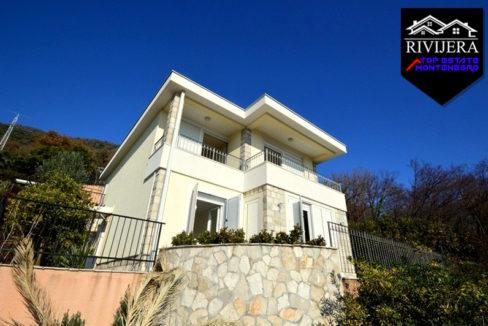 Beatiful house with sea view Baosici, Herceg Novi-Top Estate Montenegro