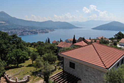 Steinhaus mit Pool Zvinje, Herceg Novi-Top Immobilien Montenegro