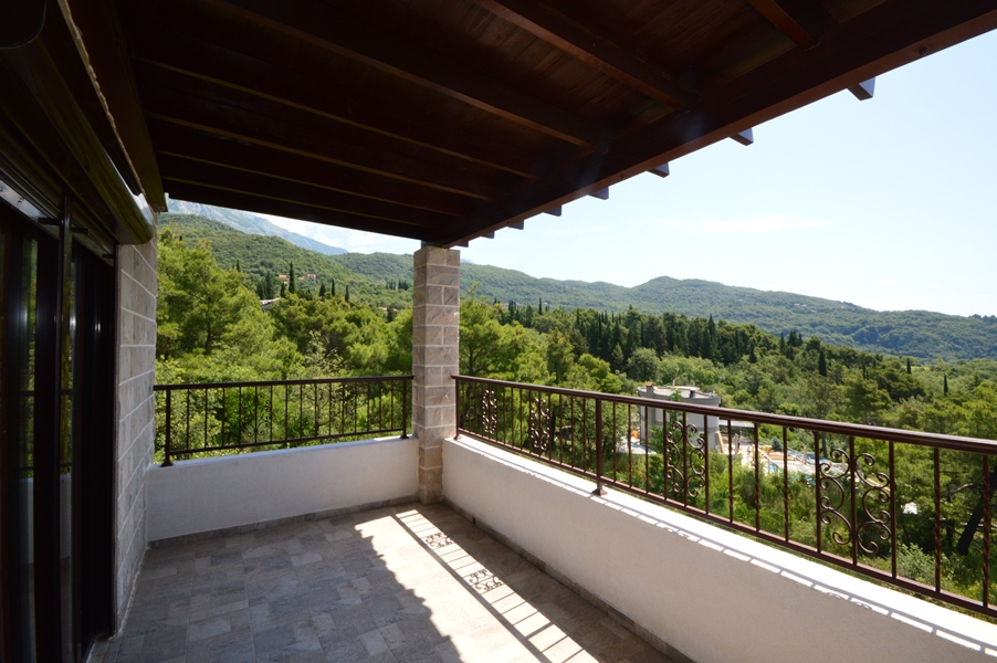 House with panoramic views Mojdez, Herceg Novi-Top Estate Montenegro