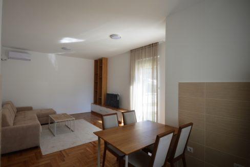 прекрасная-квартира-в-новостройке-кава-тиват-Топ недвижимости Черногории