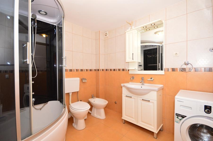 rn2377-beautiful-natural-stone-villa-bathroom-1