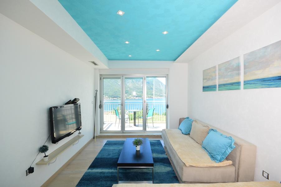 rn2383-lovely-apartment-living-room-5
