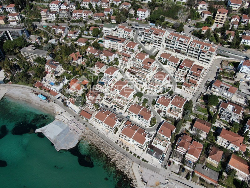 rn2390-holiday-apartment-with-breathtaking-views-herceg-novi-13