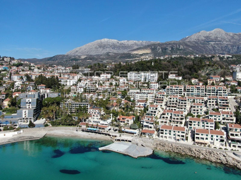 rn2390-holiday-apartment-with-breathtaking-views-herceg-novi-14