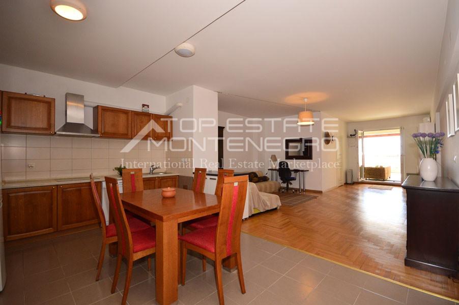 rn2390-holiday-apartment-with-breathtaking-views-herceg-novi-2