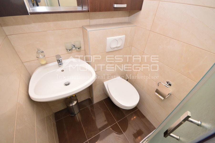 rn2394-beautiful-apartment-situated-in-djenovici-12