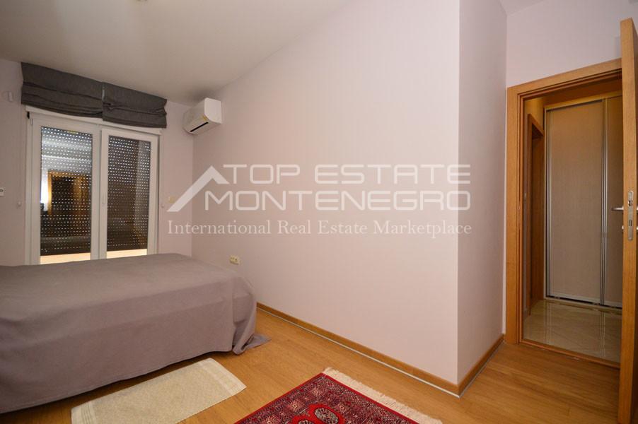 rn2394-beautiful-apartment-situated-in-djenovici-13