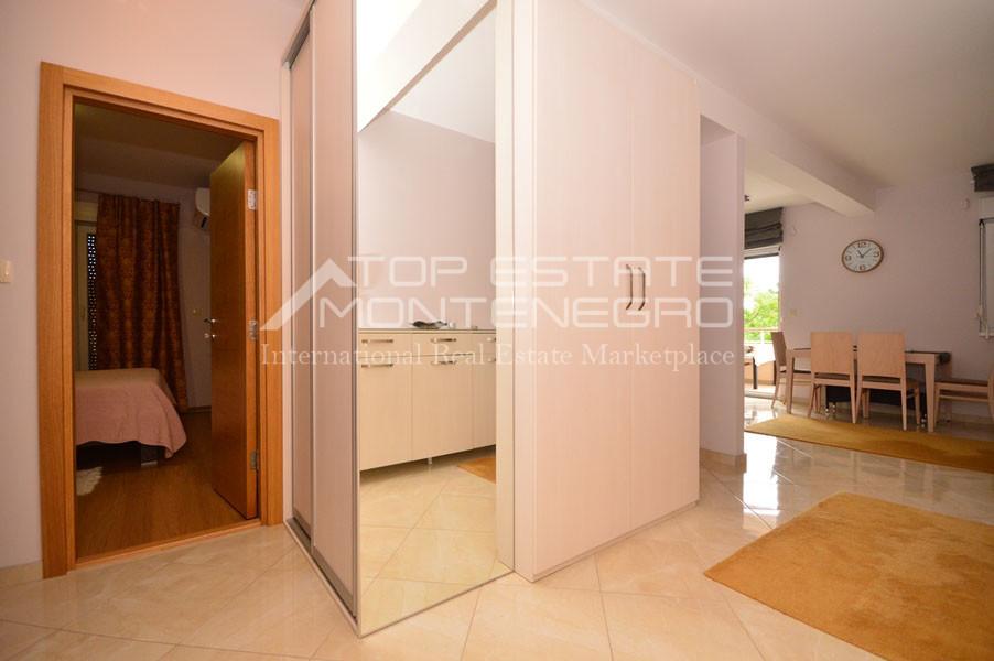 rn2394-beautiful-apartment-situated-in-djenovici-8