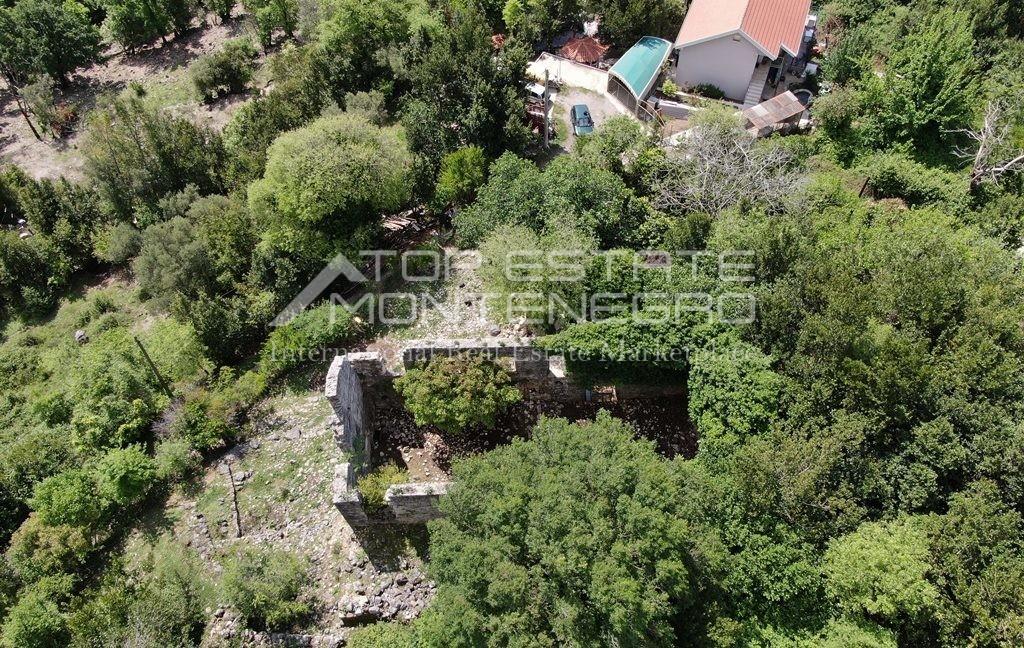 rn2395-traditional-ruin-zelenika-