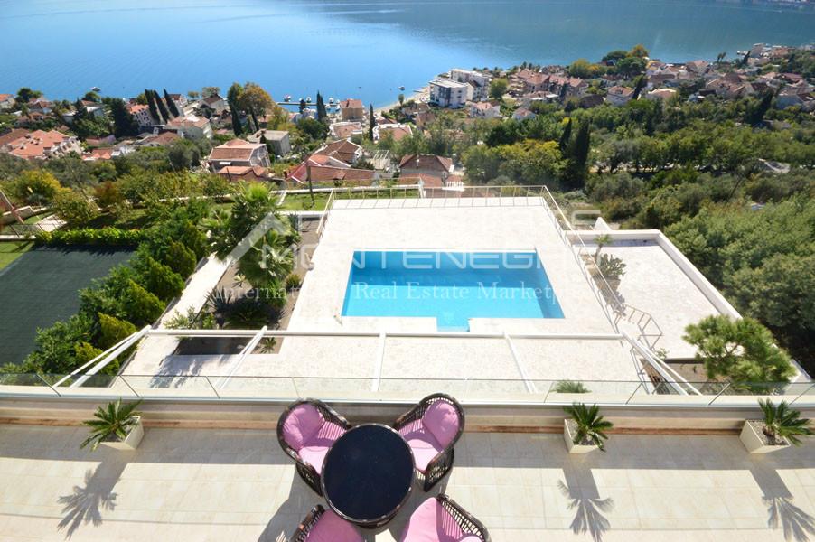 rn2398-extraordinary-new-build-villa-djenovici-11