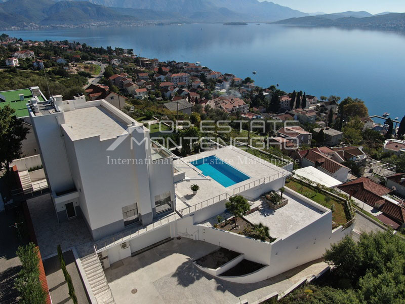 rn2398-extraordinary-new-build-villa-djenovici-2