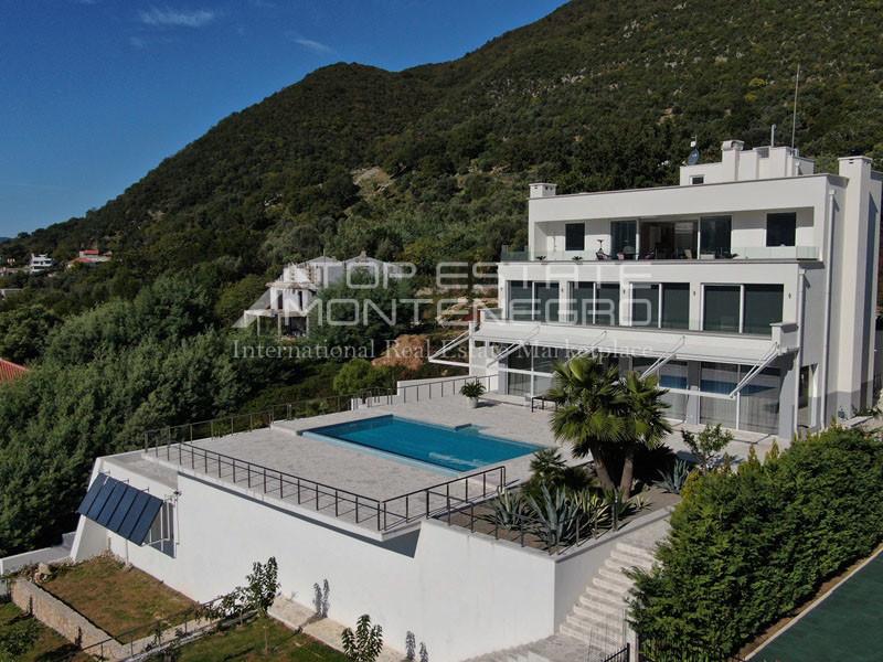 rn2398-extraordinary-new-build-villa-djenovici-6