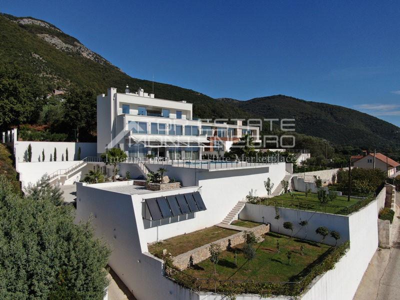 rn2398-extraordinary-new-build-villa-djenovici-7