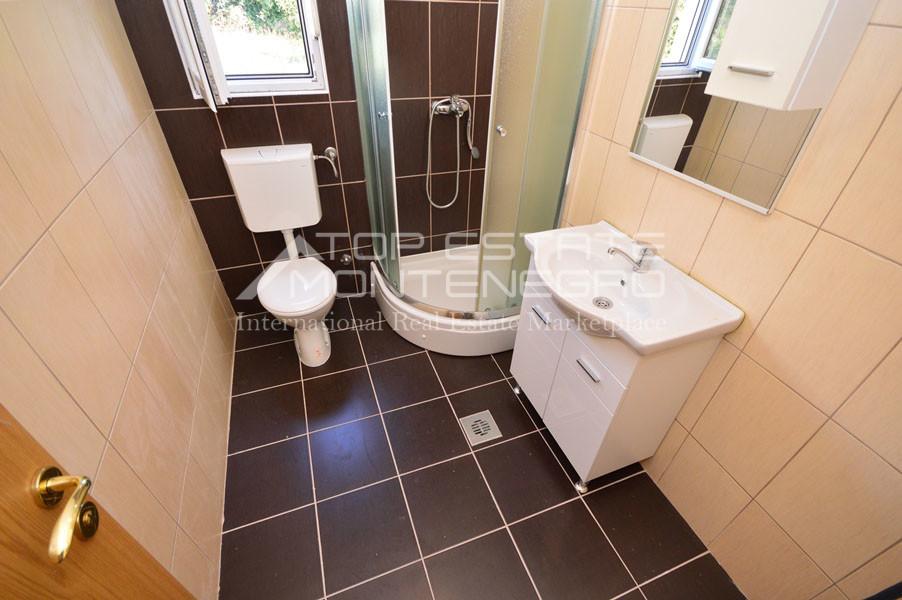rn2399-apartment-in-a-complex-djenovici-11