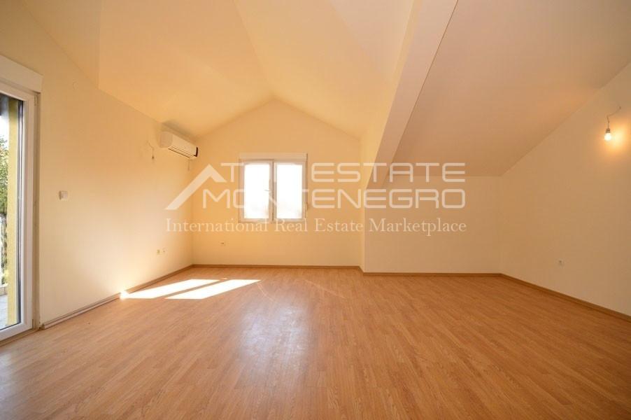 rn2399-apartment-in-a-complex-djenovici-12