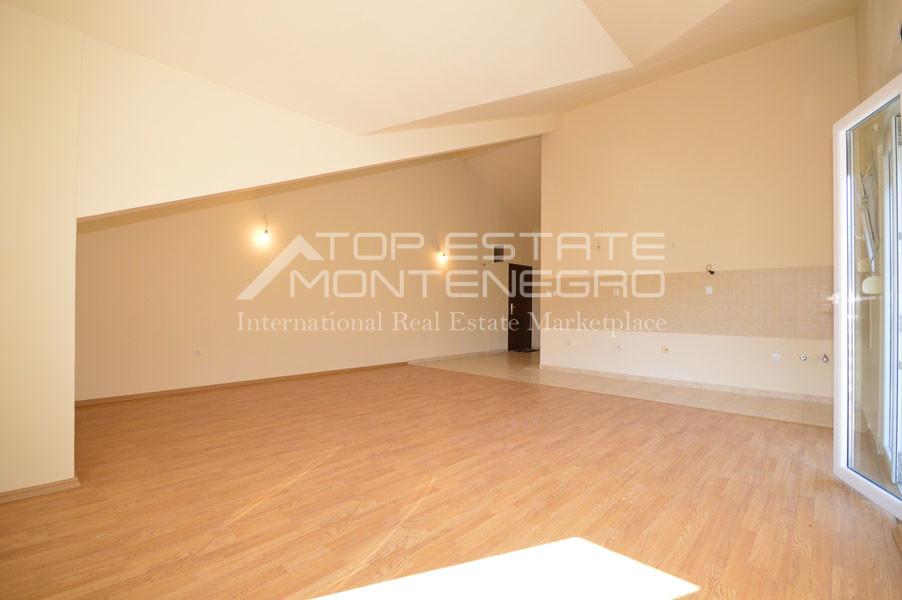 rn2399-apartment-in-a-complex-djenovici-3
