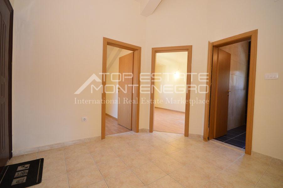 rn2399-apartment-in-a-complex-djenovici-4