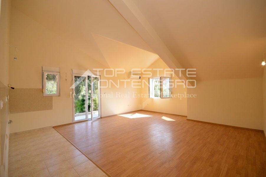 rn2399-apartment-in-a-complex-djenovici-7