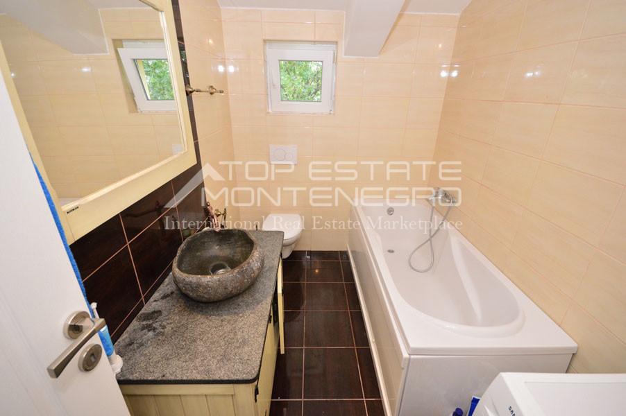 rn2400-bright-apartment-topl-11