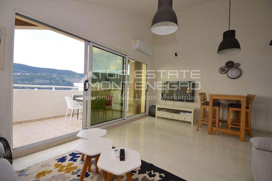 rn2400-bright-apartment-topl-2