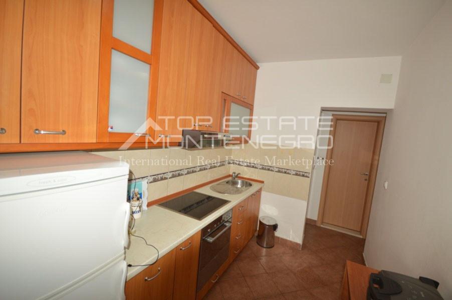 rn2401-lovely-ground-floor-apartment-baosici-4